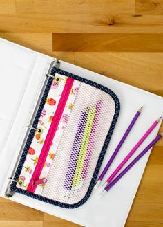 DIY 3 Ring Pencil Pouches!