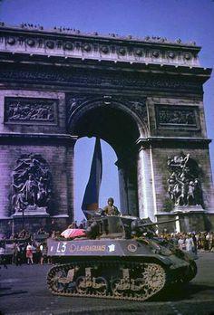 WWII. Paris www.historysimulation.com