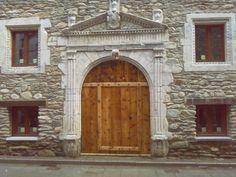 Palacio de los Condes de Ribagorza