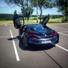 BMW i8 - neuvěřitelná jízda!