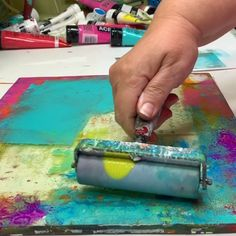 Can creating complex layers on a gel plate be simple? Absolutely! Layering comes down to just 2 factors. Once you know what those are, your prints aren't random. See how in Mastering the Layer, an online gel printing workshop with Carolyn Dube