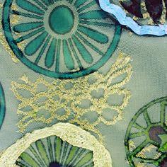 #mala #verde #prateado #personalizar #bag #green #silver #personalized Beach Mat, Outdoor Blanket, Handmade, Crafts, Instagram, Home Decor, Green, Hand Made, Manualidades