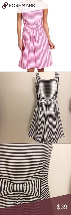 Kate Spade Jillian Dress Blue/White Sleeveless, back zip, bow, striped, lined, pleated, scoop neck detail. 100% cotton; lining is poly. No snags, stains, holes or tears. True to size. No trade or pp; Price is firm. Sorry no offers. kate spade Dresses