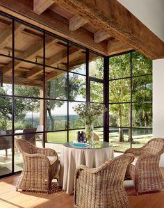 arquitetura do Madrone Landscape e interiores de Ginger Barber