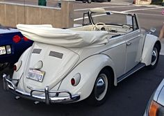 Classic VW beetles converted to electric cars. Yes, please! Zelectricmotors.com