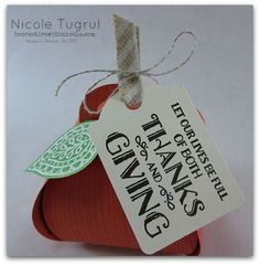 Nicole's Thanksgiving pumpkin features the Curvy Keepsake Box die with Lighthearted Leaves, Leaflets framelits, Note Tag Punch - all from Stampin' Up!
