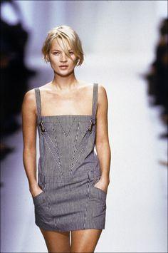 Kate Moss walking in the SS 2001 Balenciaga show