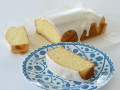 I've been making my Mum's Orange Cake recipe for years, so it only seemed practical to convert it for my Thermomix! This Thermomix Orange Cake is really