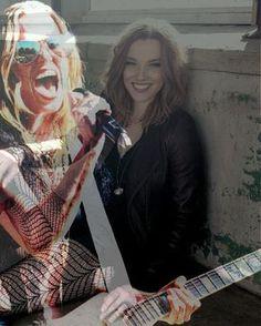 Lzzy Hale ✾ of Halestorm Hampton Beach Nh, Josh Smith, Lzzy Hale, Mayday Parade Lyrics, The Amity Affliction, Alan Ashby, Women Of Rock, Halestorm, Female Guitarist