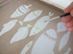 Kim Welling: Free friday - screen printing at home tutorial..... She says photo emulsion and screen filler, but perhaps she means photo emulsion and drawing fluid. I think drawing fluid can be removed easily but screen filler cannot.