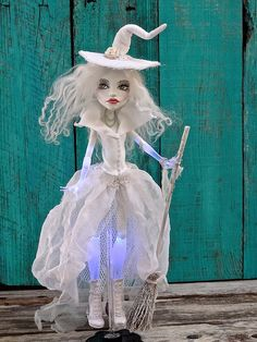 Spectral witch (Monster HIgh) by Marina
