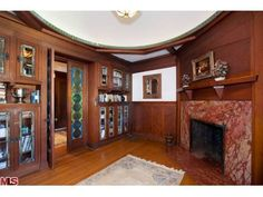Yet another fireplace in the Rosenheim Mansion