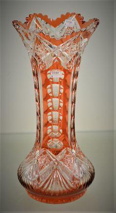 """Váza Val Saint-Lambert s """"Italian Molding"""" – Křišťál s dvojitým broušeným … Crystal Glassware, Crystal Vase, Antique Glass Bottles, Art Deco Glass, Crystal Gifts, Art Nouveau, Carnival Glass, Red Glass, Vases Decor"""