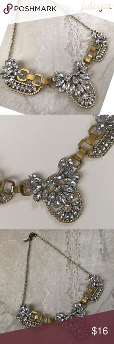 """Gorgeous crystal statement necklace NWT boutique item, laying flat it is 20"""" + 2"""" more with adjustments Jewelry Necklaces"""
