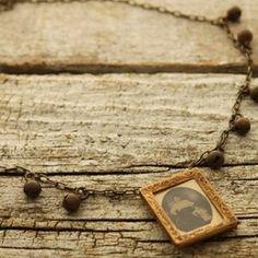 Vintage Photo Frame Necklace  #nostalgems #necklace #handcrafted #handmadejewellery #handmadejewelry #jewellery #jewelry #vintage #vintagestyle #photoframe