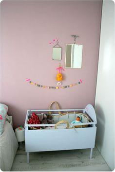 Kleine babykamer hoek in de ouders slaapkamer | emiliesanschichi
