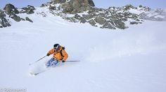 #Méribel , station nichée dans l'un des plus grand domaine skiable. Des paysages splendides à explorer, des pentes abruptes à dévaler. Ski Freeride, Best Skis, Explorer, Lofoten, Mount Everest, Skiing, Snow, France, Mountains