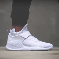 52 super Ideas for sneakers nike white street styles Men's Shoes, Shoe Boots, Shoes Sneakers, Shoes Style, Tenis Nike Casual, Nike Kwazi, White Nike Shoes, Nike Gym Shoes Mens, Sneakers Fashion Outfits