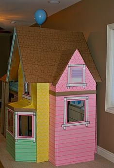 32 Amazing Pixar Up House Design Ideas Created In Real Life And Flown Cardboard Houses For Kids, Cardboard Box Crafts, Cardboard Playhouse, Cardboard Crafts, Cardboard Furniture, Diy And Crafts, Crafts For Kids, Up House, Kids Corner