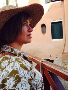 This be my mother  She was in Venice and it made a nice photo