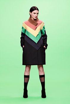 JC de Castelbajac Pre-Fall 2014 Fashion Show Fashion Week, High Fashion, Fashion Show, Fashion Outfits, Guy Laroche, New Mode, Vogue, Fashion Details, Fashion Design
