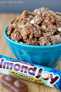 Almond Joy Muddy Buddies Almond Joy Puppy Chow - Your Cup of Cake Puppy Chow Recipes, Snack Mix Recipes, Dessert Recipes, Snack Mixes, Candy Recipes, Appetizer Recipes, Baking Recipes, Yummy Treats, Delicious Desserts