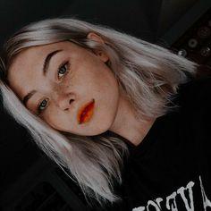 Bad Girl Aesthetic, Aesthetic Photo, Girl Pictures, Girl Photos, Sage Tullis, Short Grunge Hair, Beautiful Girl Makeup, Western Girl, Cute Icons