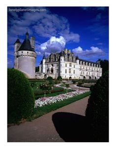 bed and breakfast castle in spain. castle of chenonceaux