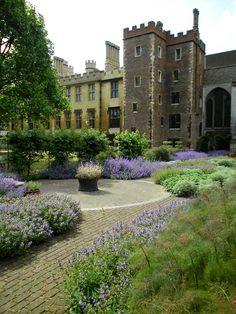 Lambeth Palace Chapel Garden - London, England