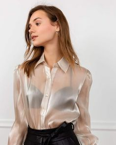 Blouse Love Best Picture For yellow blouse outfit For Your Taste You are looking for something, and Sexy Outfits, Cool Outfits, Fashion Outfits, Womens Fashion, Gothic Fashion, Sexy Blouse, Blouse Outfit, Satin Skirt, Satin Dresses