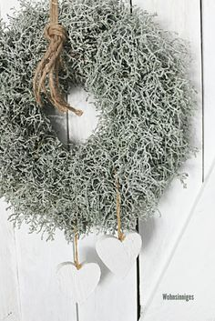 Blue Christmas Decor, Christmas Flowers, Christmas Time, Christmas Decorations, Christmas Ornaments, Holiday Decor, Christmas Wreaths For Front Door, Door Wreaths, Barbed Wire Wreath