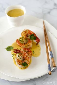 Scampi in Thaise curry met appeltjes Scampi in Thai curry with apples Source by Scampi Curry, Tapas, Yummy Drinks, Yummy Food, Asian Recipes, Healthy Recipes, Appetisers, Fish Dishes, Special Recipes