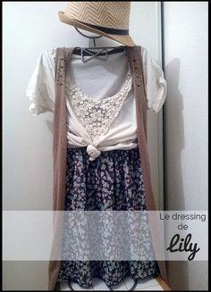 À vendre sur #vintedfrance ! http://www.vinted.fr/mode-femmes/jupes-patineuses/26891241-jupe-taille-haute-t36