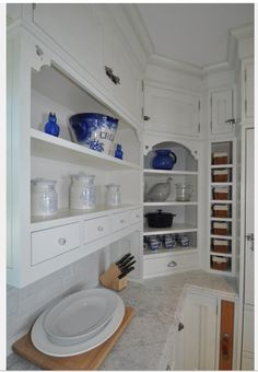 I like the small cabinet at the top