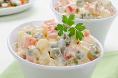 This Greek Potato Salad is way better than your classic potato salad recip… Appetizer Recipes, Soup Recipes, Salad Recipes, Chicken Recipes, Greek Potato Salads, Greek Potatoes, Healthy Dishes, Healthy Snacks, Healthy Recipes