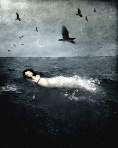 Mórbido, mas lindo. Come Sweet Death, por Anne Julie Aubri