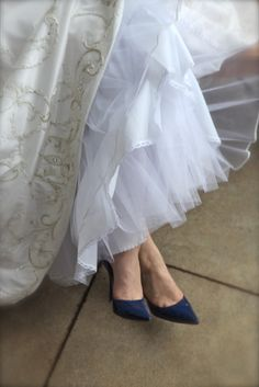 I would like to have a blue wedding shoes someday