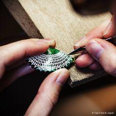Dans les coulisses de la création : Reflections par Van Cleef & Arpels | Maryo's Bazaar