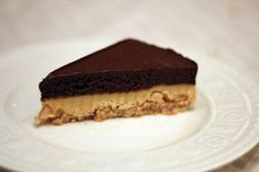 Snickers-kake fra himmelen | Hobbykokken.no Snickers Cake, Norwegian Food, Norwegian Recipes, Nom Nom, Cake Recipes, Food And Drink, Sweets, Cookies, Baking