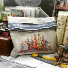 Embroidery Cluch bag