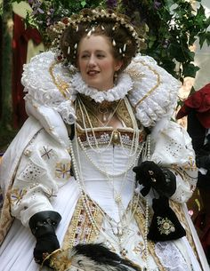 Kimberly Stockton as Queen Elizabeth I, photo by Chip Talbert