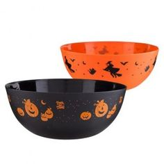 Halloween Trick Or Treat Bowl - Halloween Tableware - Halloween Halloween Goodies, Halloween 2014, Halloween Items, Halloween Trick Or Treat, Creepy Halloween, Halloween Party Decor, Halloween Treats, Halloween Costumes, Black Bowl