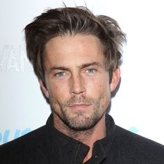 Desmond Harrington has been in a lot of things but what is he doing next? Description from fansshare.net. I searched for this on bing.com/images