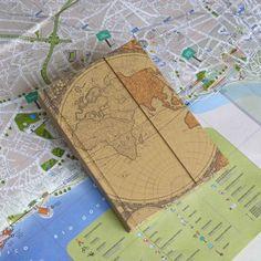 Cuaderno de viaje personalizado con mapamundi Customized travel notebook