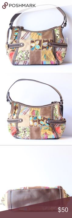 NWT Fossil Patchwork Bag In new condition with a beautiful CAPRIVI PatchWork design in front with a clean outside inside is clean with no stains or signs of wear. New condition but has small signs of wear on handle which is unnoticeable!! 0167814678 Fossil Bags Shoulder Bags