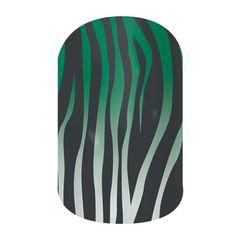 Emerald Ombre Zebra nail wraps by Jamberry NEW! #nailart #newjamberry #jamberry #nails #manicure #pedicure #zebra #EmeraldOmbreZebraJN