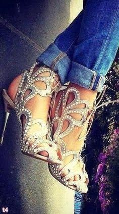 Blue heels image,moda,style, fashion, high heels, image, photo, pic, pumps, shoes, stiletto, women shoes www.womans-heaven...
