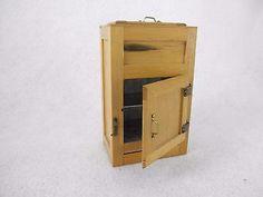 Dollhouse-miniatures-vintage-kitchen-wood-Ice-Box-Refrigerator-1-12-scale