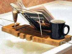 15 Marvelous Bathtub Tray Design Ideas To Enjoy Every Moment