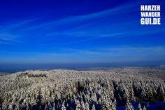 Blick auf den schon weihnachtlich eingestäubten Harz. Aufgenommen aus 30 Meter Höhe vom Carlsturm - auch Karlsturm oder Carlshausturm - auf der Carlshaushöhe bei Trautenstein. Stempelstelle 51 der Harzer Wandernadel.  #harz #harzbilder #harzerwandernadel #HWG #carlsturm #aussicht #weihnacht #winter #trautenstein #carlshausturm #karlhausturm